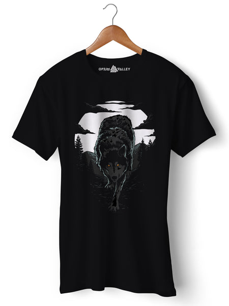 Wild Wolf  - Round Neck T-Shirt - Opium Valley