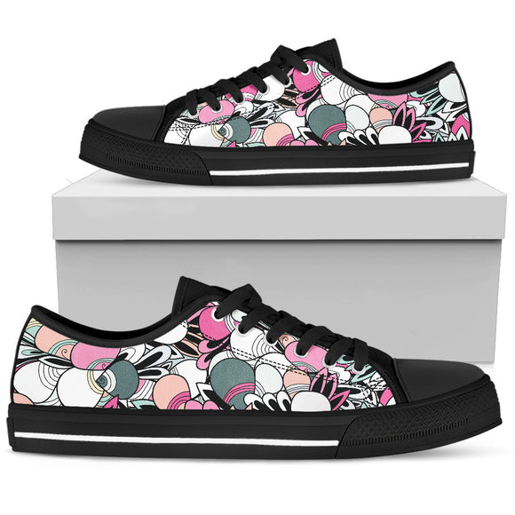 Funky Patterns in Candy - Women's Low Top Shoes (Black)