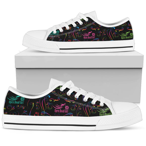 RAINBOW Scatter Design Open Road Girl Women's Low Top Shoe