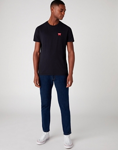 Wrangler SIGN OFF TEE IN BLACK