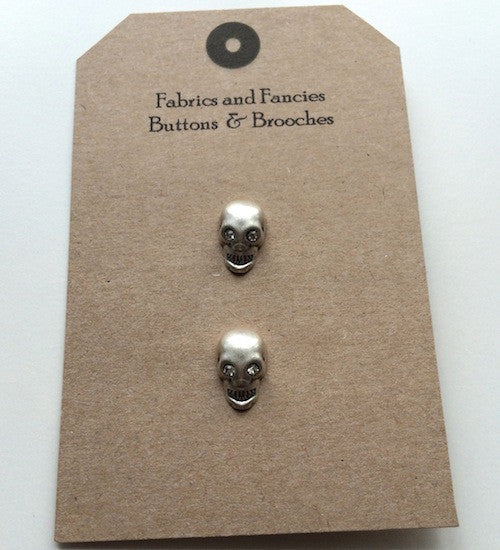 Antiqued Skull Silver Buttons