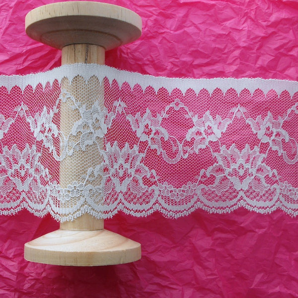 90mm Arches & Flower Lace in White
