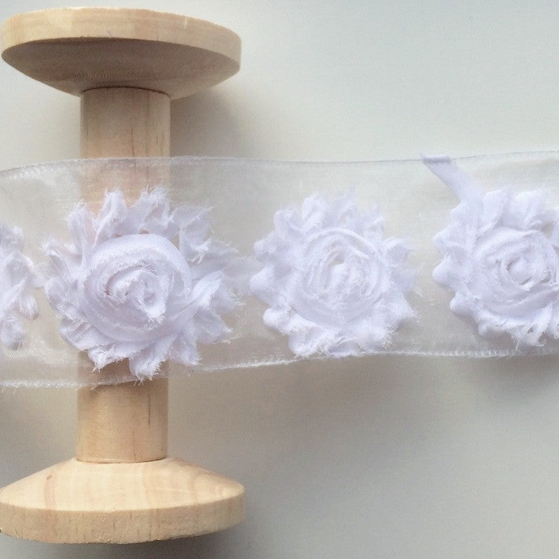 Shabby Flower Trim White