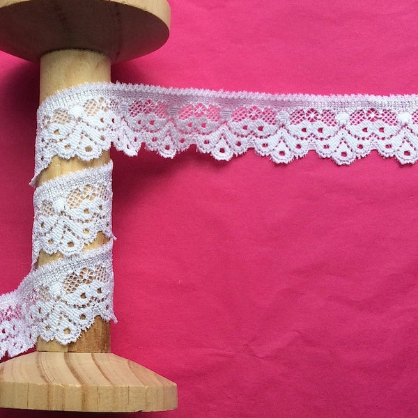 26mm Droplet Edge Stretch Lace in White
