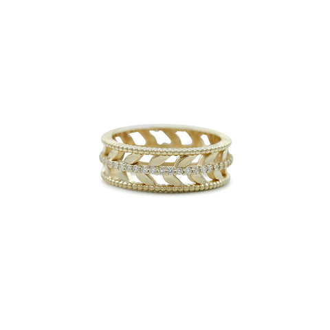 yellow gold and white diamond right hand ring band with leaf details