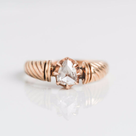 Vintage Diamond Gold ring