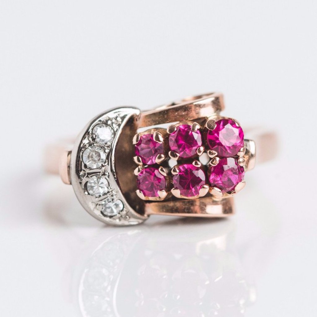 Retro Diamond and Ruby Gold Ring