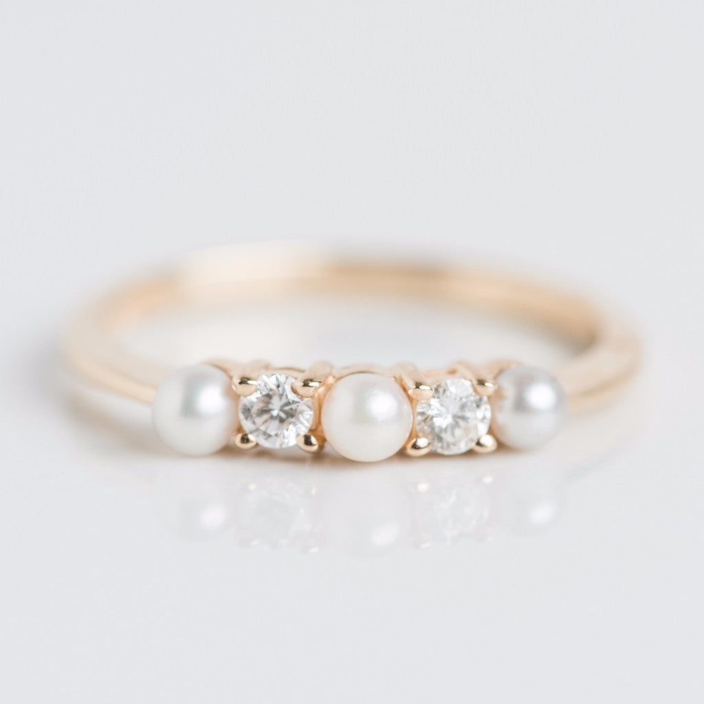 Alternating Pearl and Diamond Yellow Gold Ring