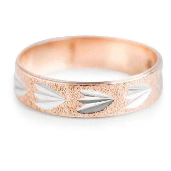 YELLOW AND WHITE GOLD TWO TONED LEAF PATTERN ESTATE UNISEX WEDDING BAND