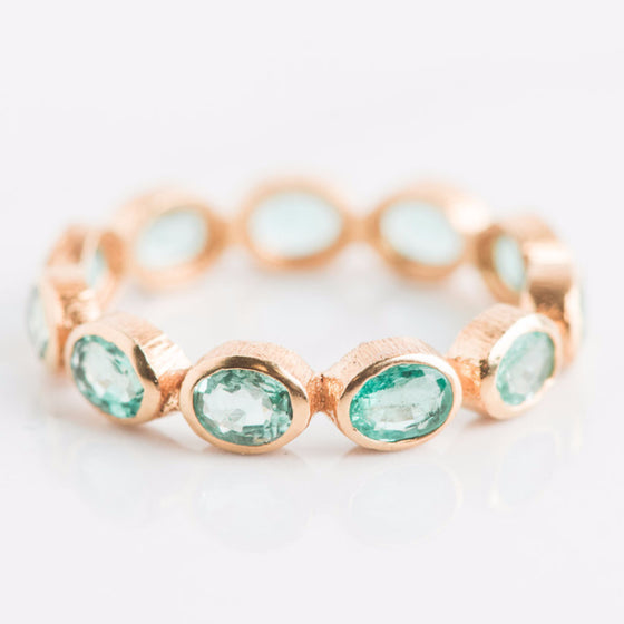 14k Yellow Gold and Green Gemstone Ring