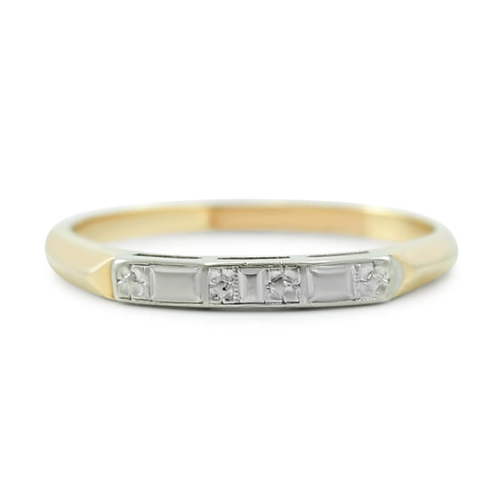 14k yellow and white gold mixed metal estate wedding band with engraved pattern