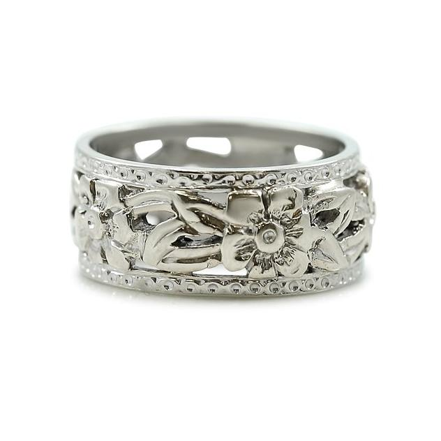 hand engraved flower pattern white gold estate band