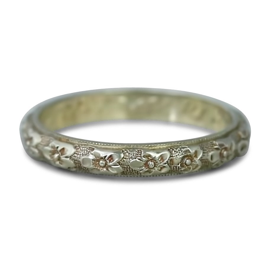 20k yellow gold flower pattern estate wedding band with engraving inside