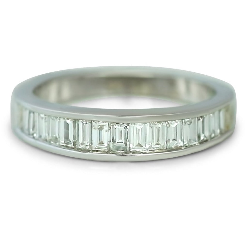 14k white gold estate baguette channel set diamond wedding band