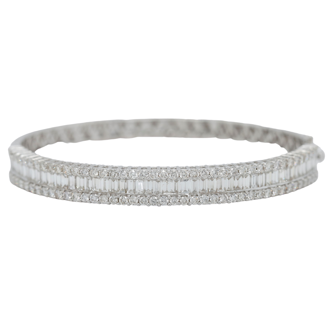 18k white gold estate diamond band with channel set baguette diamond and two rows of round diamonds