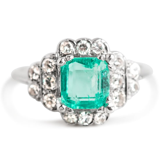PLATINU AND EMERALD Art Deco ESTATE ENGAGEMENT RING