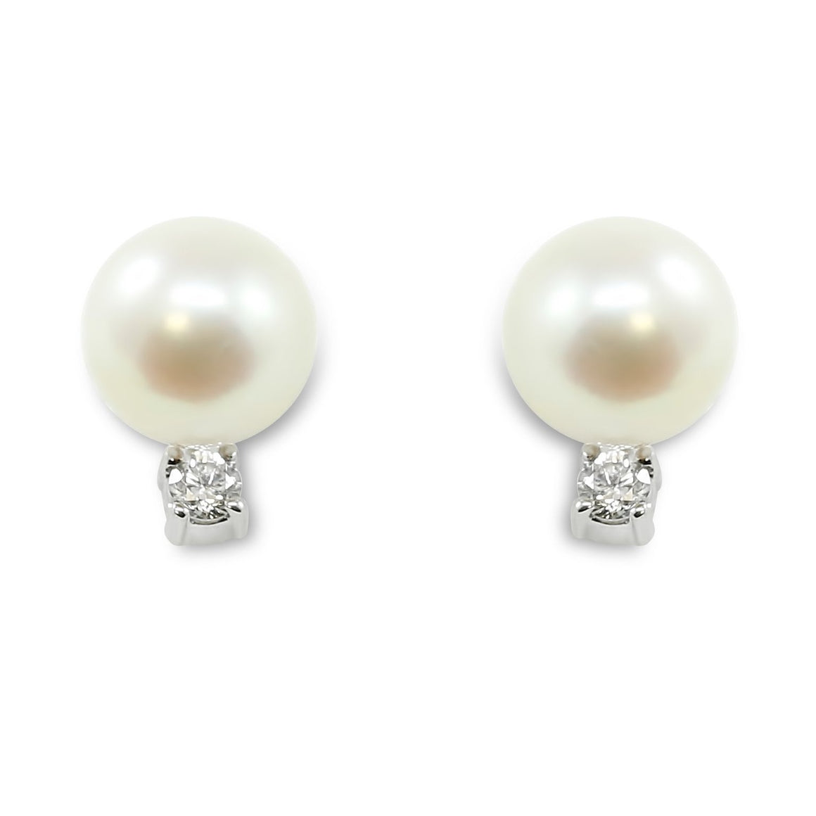 14k white gold freshwater pearl and diamond stud earrings