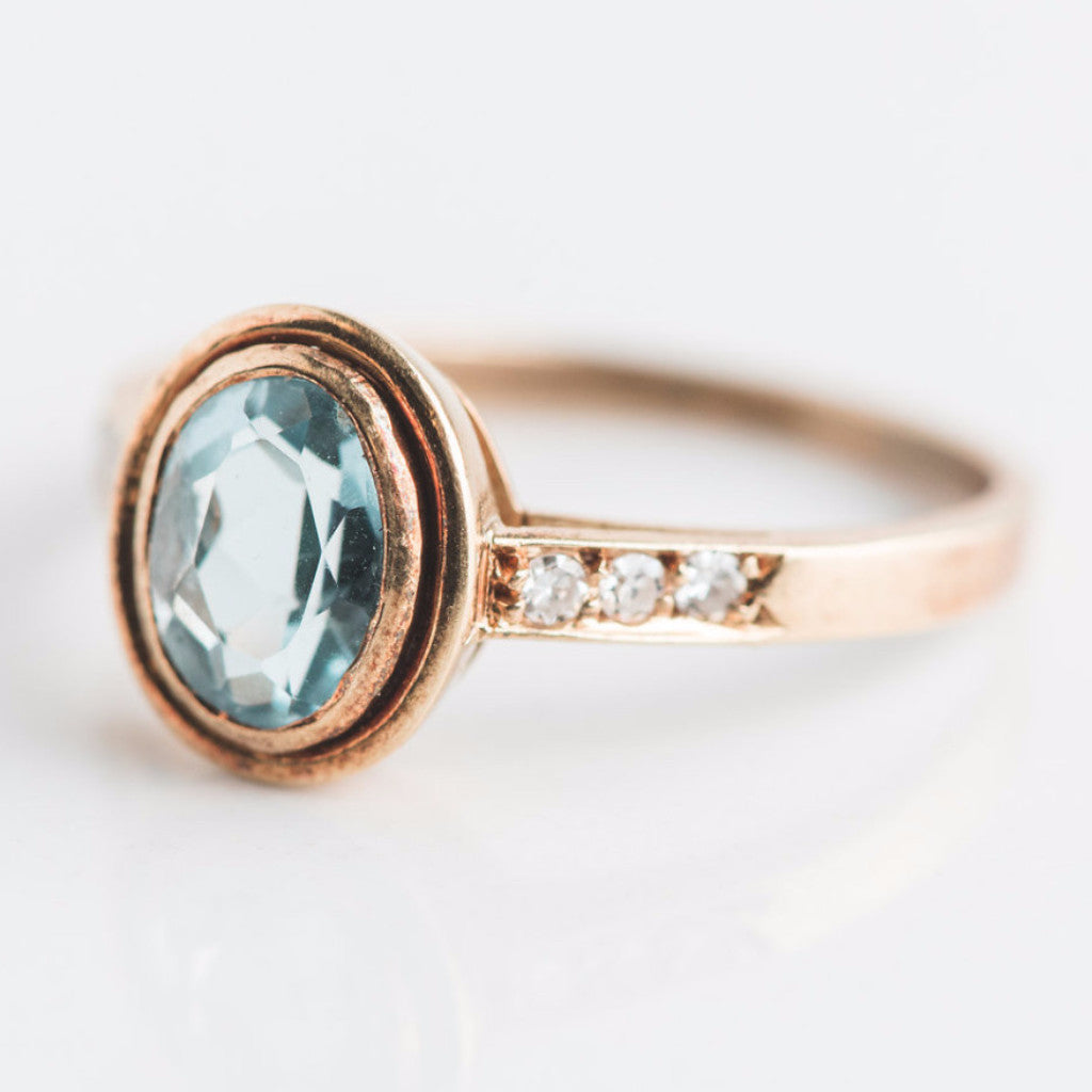 yellow gold blue diamond ring