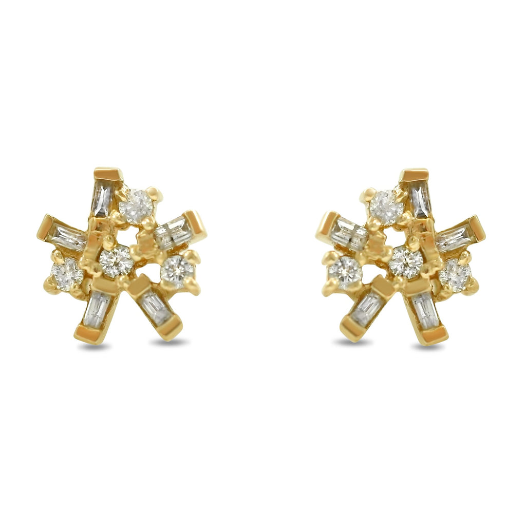 14k yellow gold round and baguette diamond stud earrings