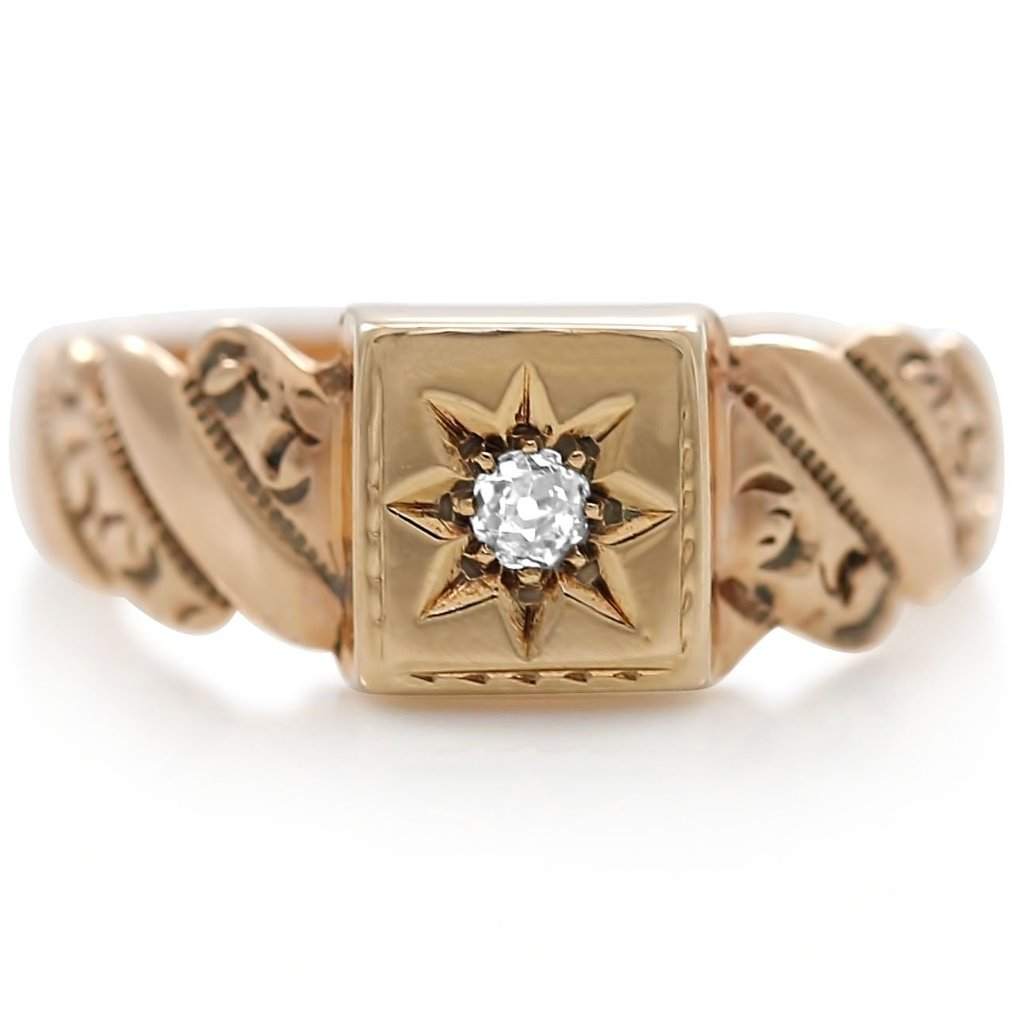 estate victorian ring with old mine cut diamond and yellow gold