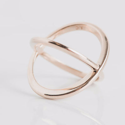yellow gold geometric X ring