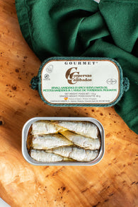 Gourmet Small Sardines in Spicy Sunflower Oil - Spanish Pig