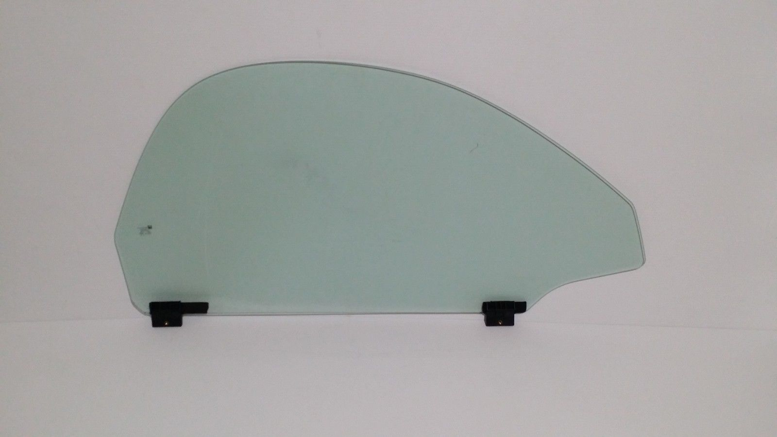2003-2006 Chevrolet SSR Passenger Door Glass