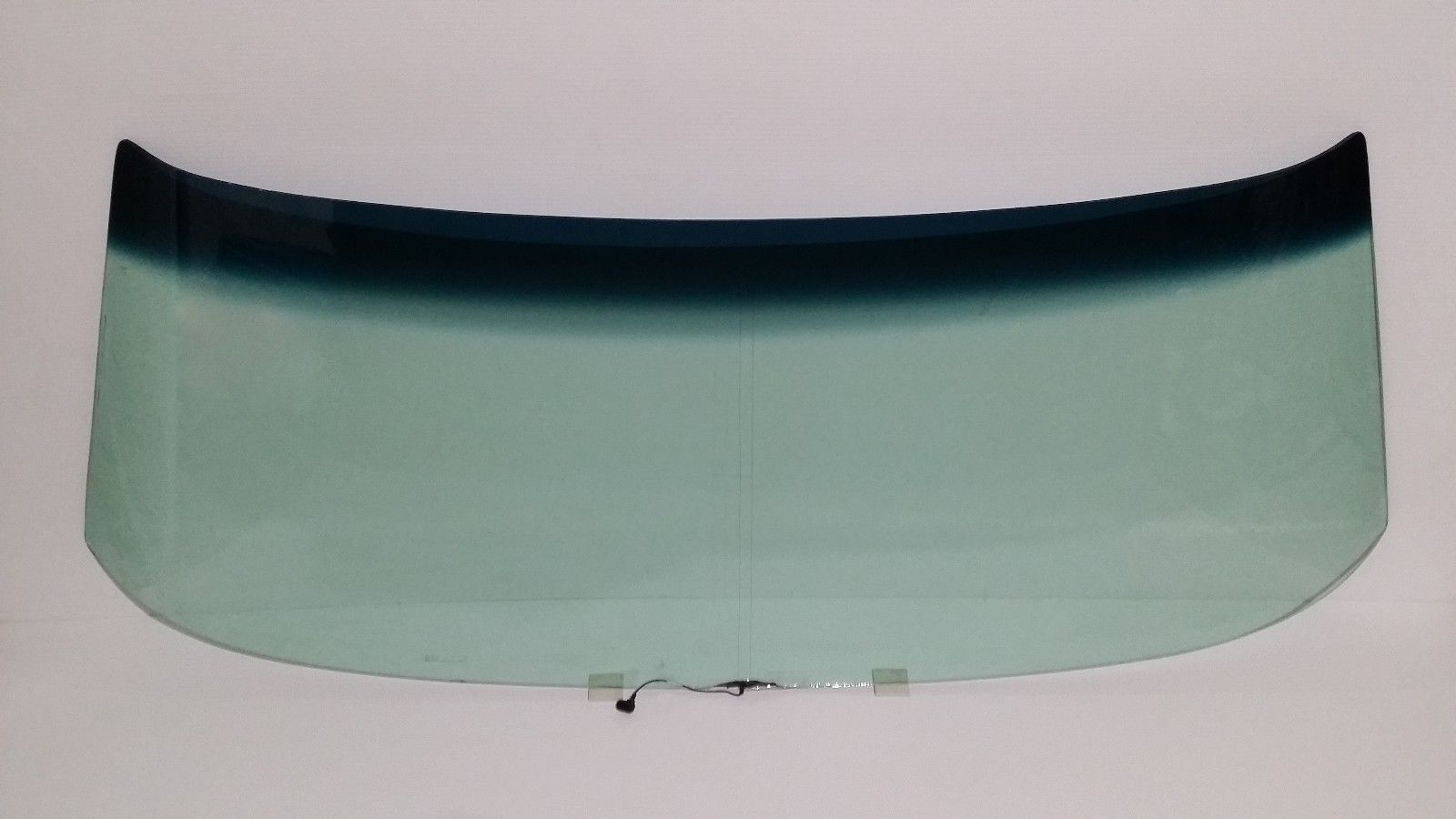 1970 - 1972 Chevelle, Skylark, Cutlass, Lemans windshield 4 Dr sedan, wagon