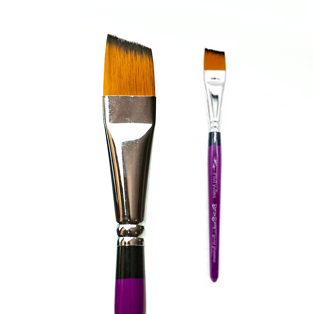 Blazin Brush 3/4 Long Angled - Marcela Bustamante