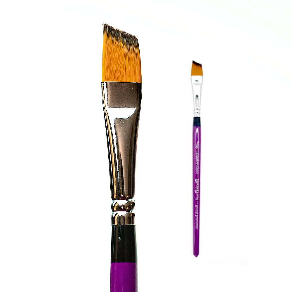 Blazin Brush 5/8 Long Angled - Marcela Bustamante