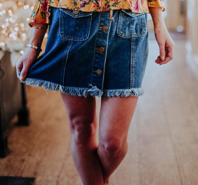 4 Ways to Wear a Classic Button Down Denim Skirt