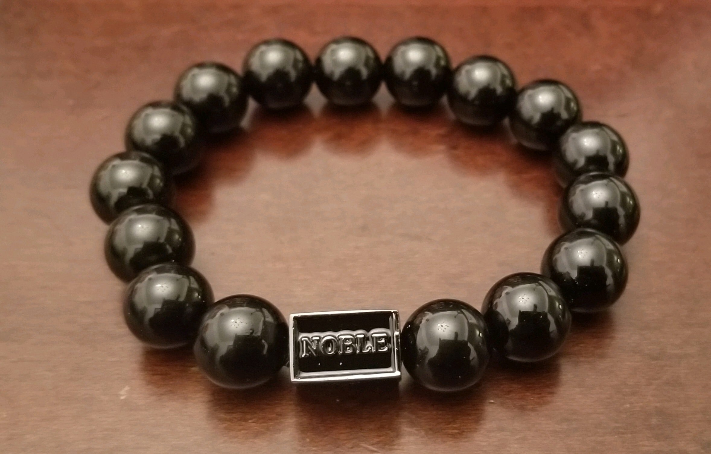 Noble black beaded bracelet