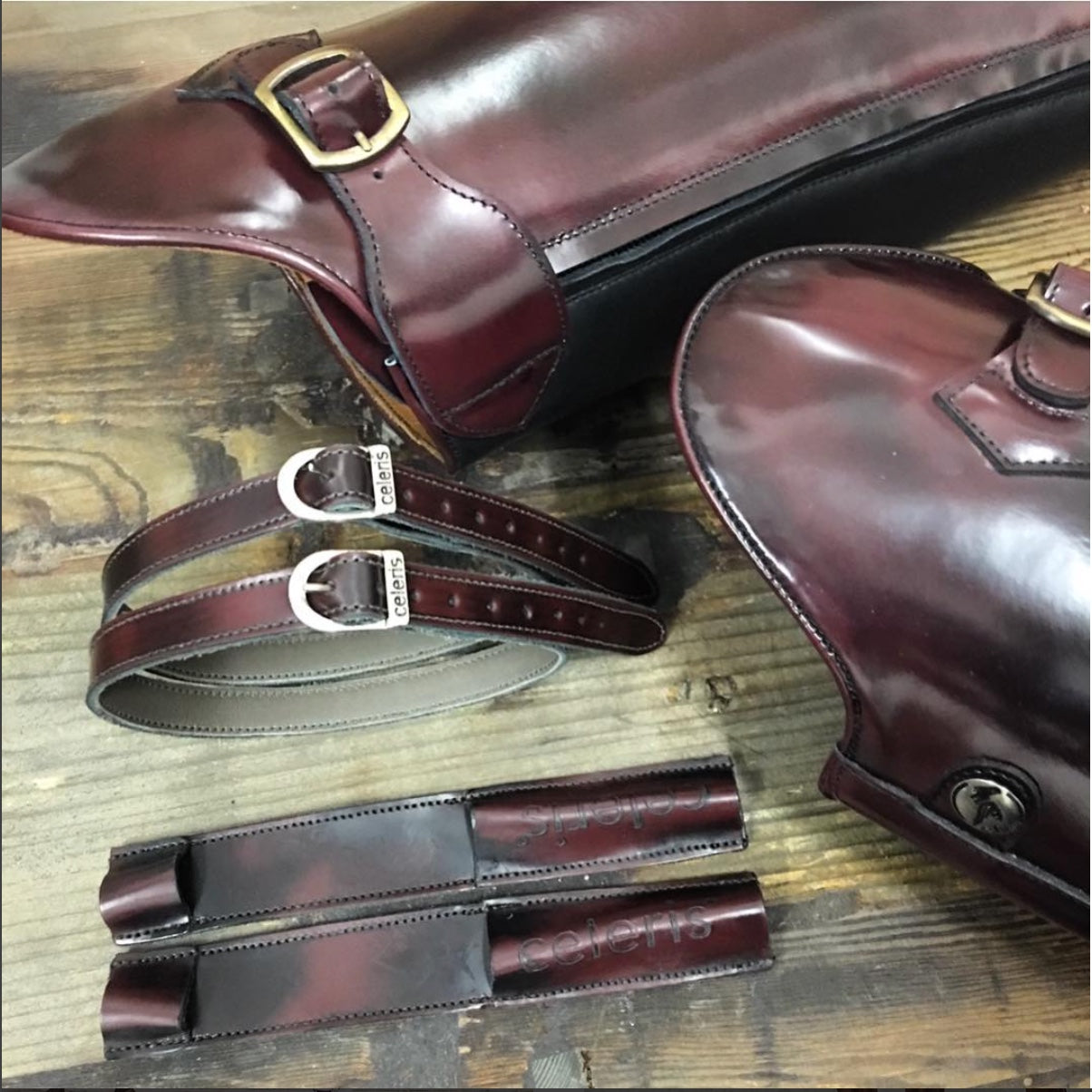 POLO / 