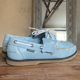 DECK SHOES <br/>Pastel blue