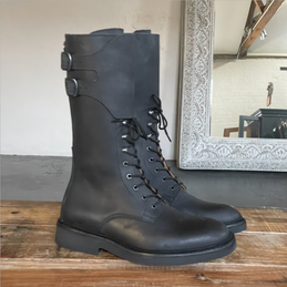BIA COUNTRY BOOT <br/> NUBUCK BLACK
