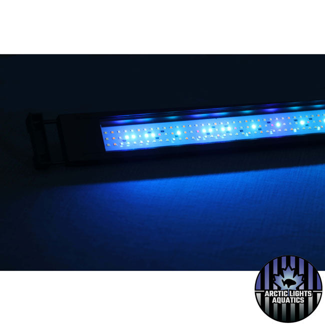 The Fluval 3.0 LED light comes with hundreds of LED emitters