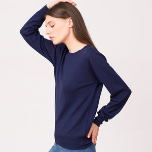 Crew neck sweater merino wool navy