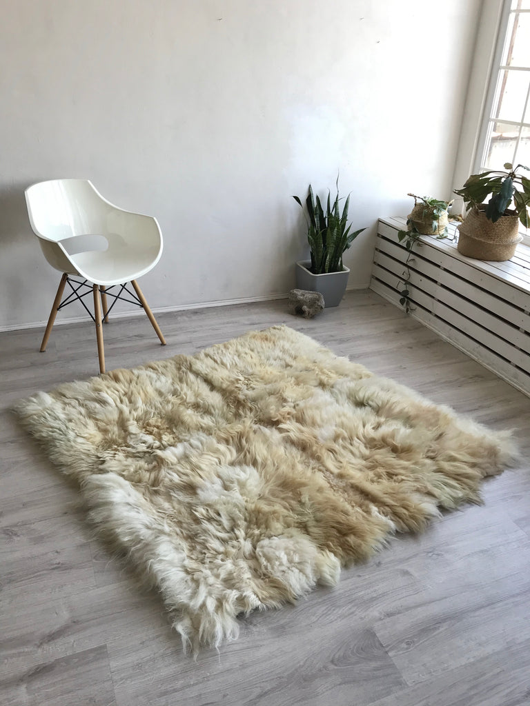 Mixed Icelandic Square Sheepskin Rug