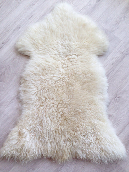 Fluffy and Curly Classic Sheepskin