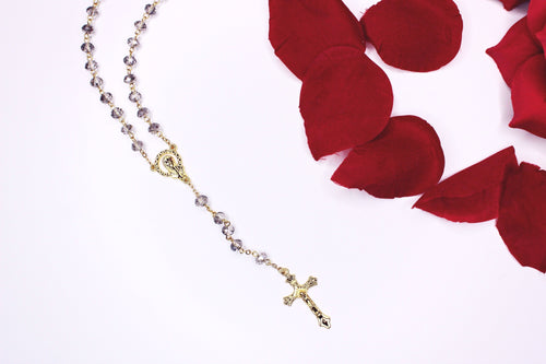 Bendiciones Crystal Beaded Rosary Necklace - SHOP CANARY CLOTHING