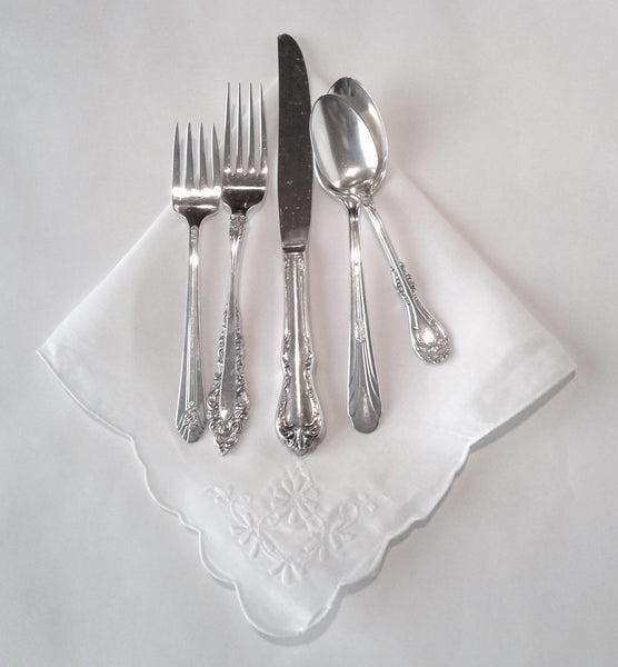 Silver-Plated Silverware 5 Piece Set with Vintage Napkin