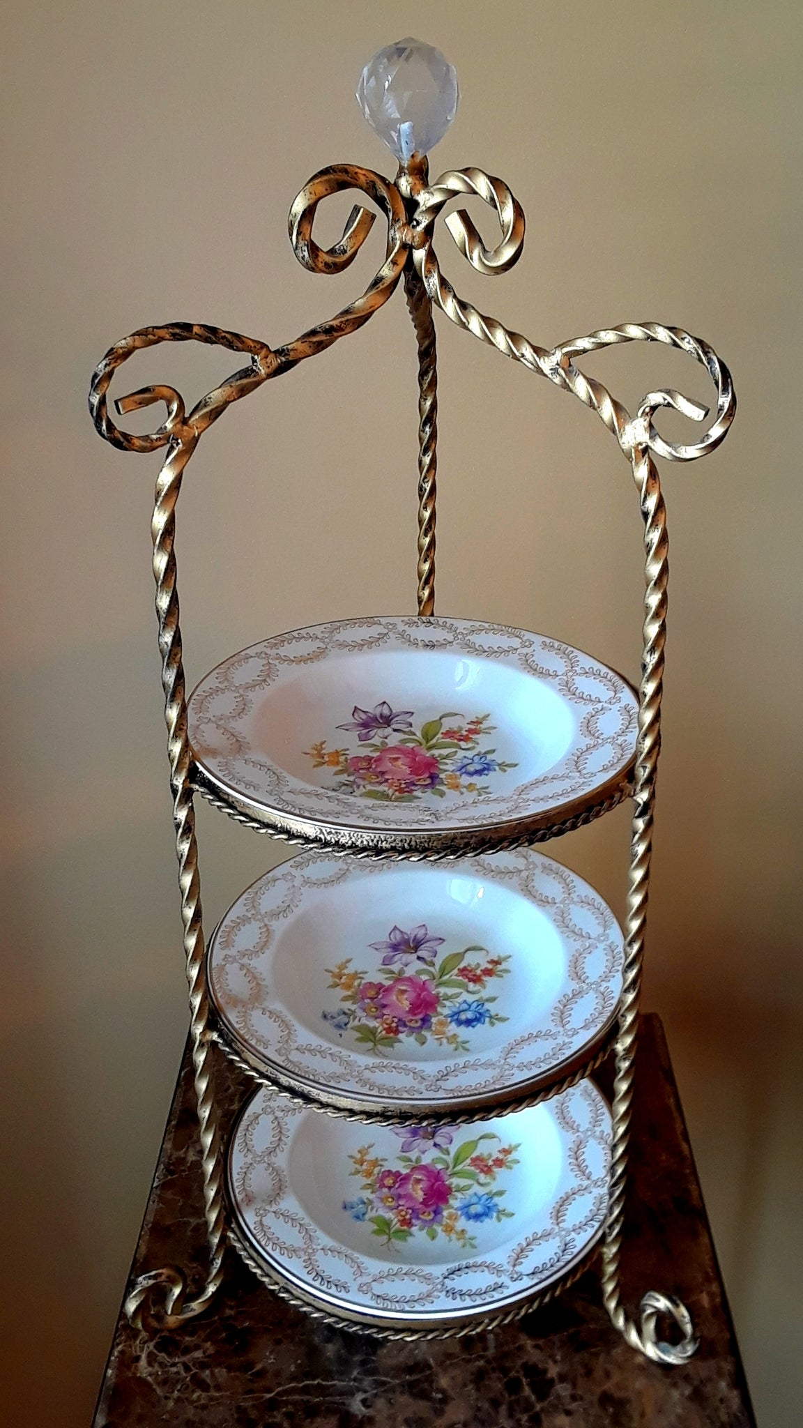 3-Tier Porcelain Bowl Stand
