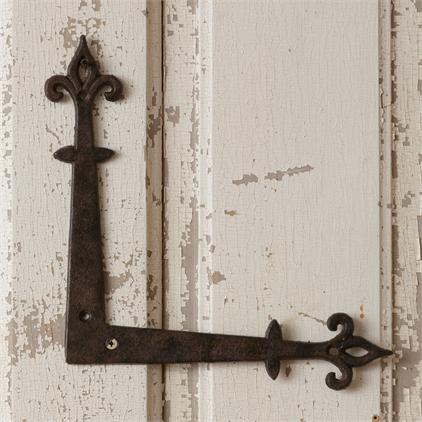 Vintage or Vintage Inspired Hardware