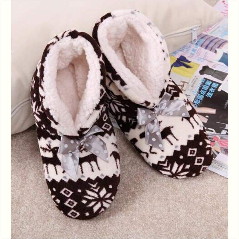 Women Winter Indoor Slippers - Christmas Edition - Maximbazar