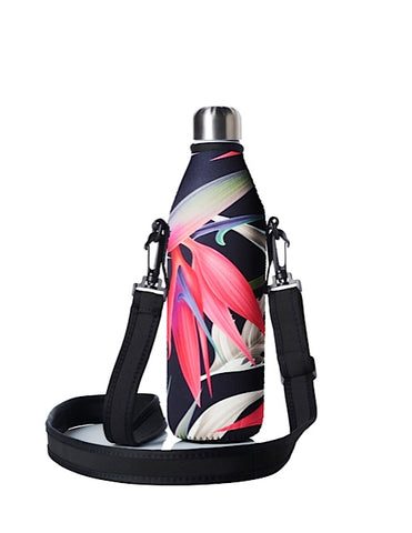 TRVLR by BBBYO carry cover - with shoulder strap - 750 ml - Red Paradise print