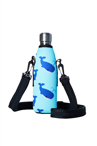 TRVLR by BBBYO carry cover - with shoulder strap - 500 ml - Whale print
