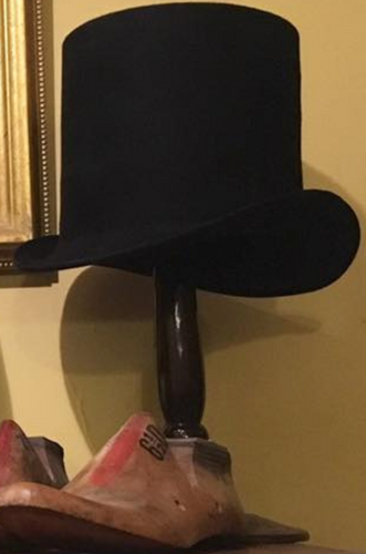 Early 19th Century Round Top Hat