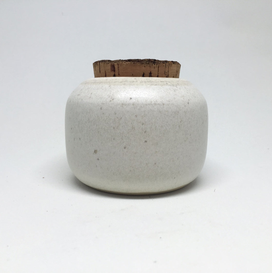 Canister white