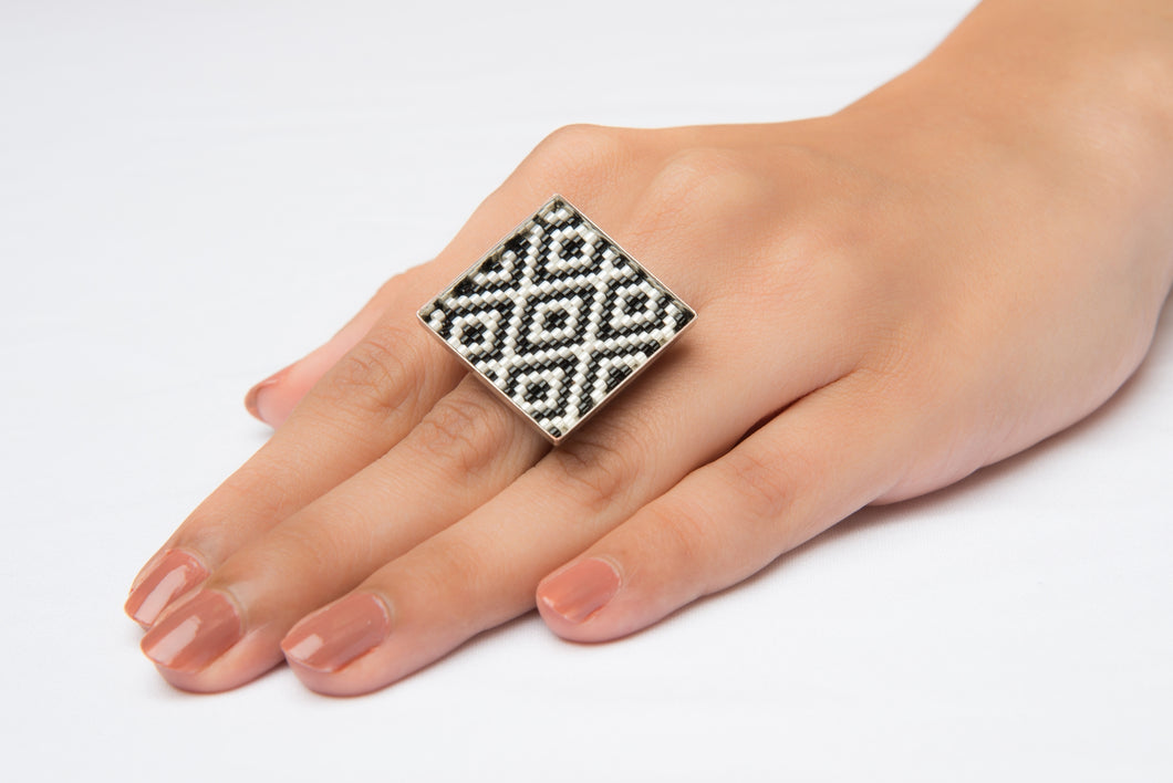 Diamonds Square Ring