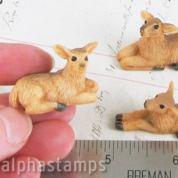 Set of 3 Miniature Resin Deer